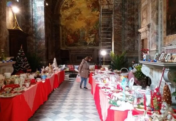 Il mercatino vincenziano in san leone diocesi pistoia for Chiesa di san leone pistoia