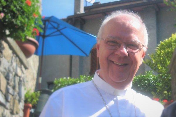 preti giovani e seminaristi in montagna p.se (con don Napoleone) 2010 (2)